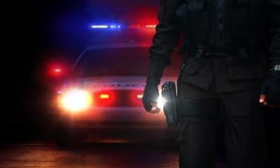 Policías perrean como locos donde iban a poner órden (FOTOS y VIDEO)