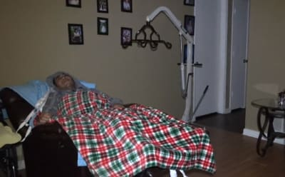 Felipe-enfermedad neurológica-seguro médico