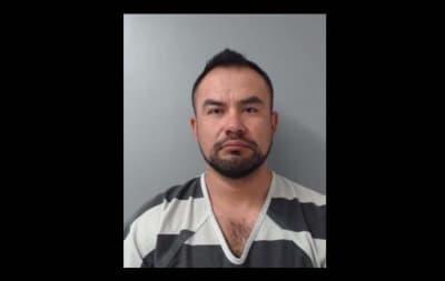 Ángel Hinojosa, agente de la Patrulla Fronteriza, fue detenido en Texas luego de que atacó a su esposa acusándola de serle infiel.