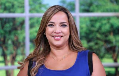 'Bikinazo' de la esposa de Luis Fonsi deja en 'ridículo' a Adamari López