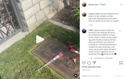 Doña Rosa tumba hija Jenni Rivera. 1