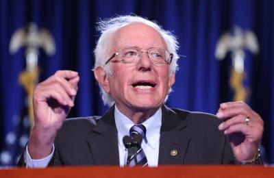 Senador republicano bloquea cheque, Ron Johnson, Josh Hawley, cheque coronavirus, Bernie Sanders