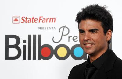 Jorge-Luis-Pila-attends-the-2009-Billboard-Latin-Music-Awards