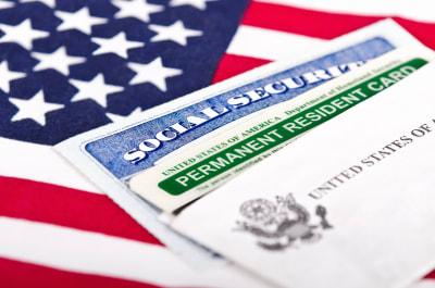 Corte Suprema inmigrantes residencia Donald Trump Joe Biden green card