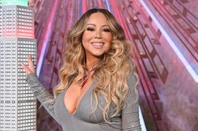 Mariah-Carey-lights-the-Empire-State-Building-in-celebration-of-the-25th-anniversary-of-All-I-Want-For-Christmas-Is-You