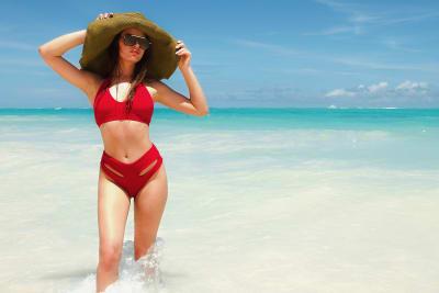 bikini tiro alto, tendencias verano