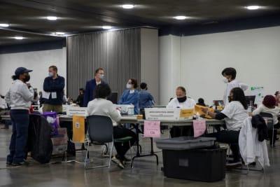 Trabajadores electorales COVID-19 coronavirus