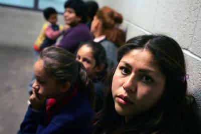 EEUU deporta a migrantes
