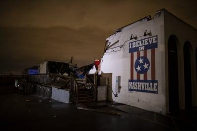 Tornado en Nashville deja 5 muertos y destrucción por todos lados (FOTOS Y VIDEO)