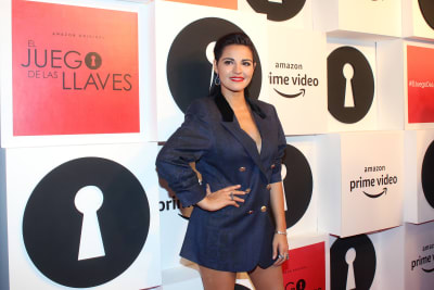 Maite-Perroni-poses-for-photos-as-part-of-the-red-carpet-of-the-TV-show-El-Juego-de-las-Llaves-