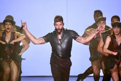 Ricky-Martin-performs-in-concert-during-his-Movimiento-tour-at-Coliseo-Jose-Miguel