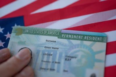 green card negada