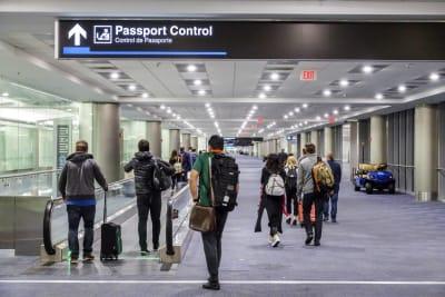 Crónica turista dominicano aeropuerto