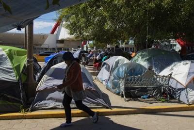 ÚLTIMA HORA: Juez bloquea medida de Trump en seguro de salud para migrantes