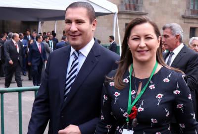 Anahí despide a Moreno Valle y su esposa tras trágico accidente (FOTOS)