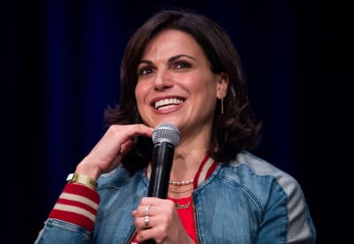 Actress-Lana-Parrilla-attends-the-2019-Wizard-World-Comic-Con