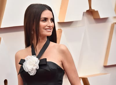 Penélope-Cruz-attends-the-92nd-Annual-Academy-Awards-at-Hollywood
