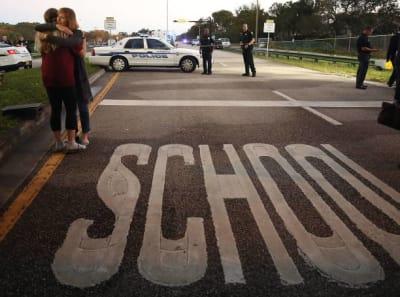 Autoridades de Florida arrestan a una niña de 12 años por publicar lista de asesinatos