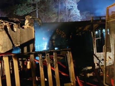 Padre niñas incendio Snelville, Georgia