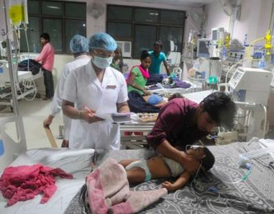 Fiebre India niños