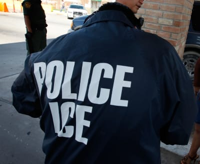 ICE recursos indocumentados ICE cuarentena