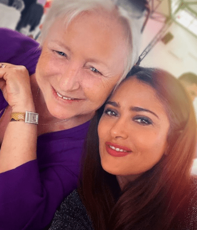 Salma Hayek mourning the death of a loved one