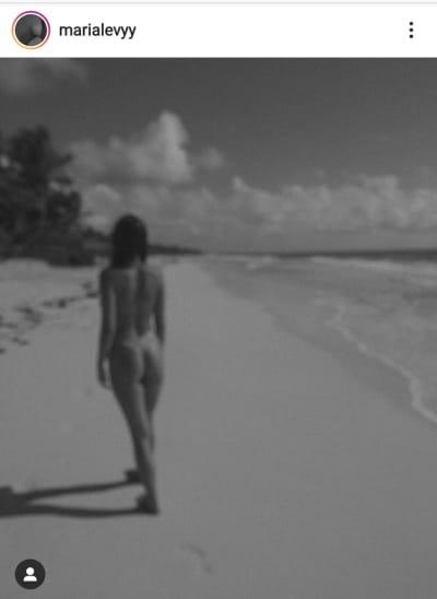 Hija de Mariana Levy aparece sin ropa caminando en la playa María Levy Padilla