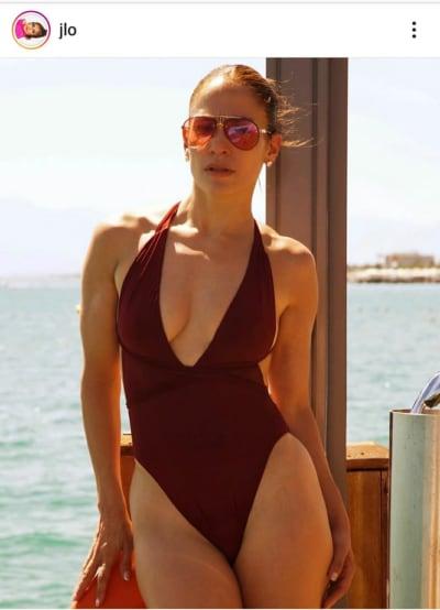 ¿Cuál de estos cinco trajes de baño le luce mejor a JLo para esta temporada de calor?
