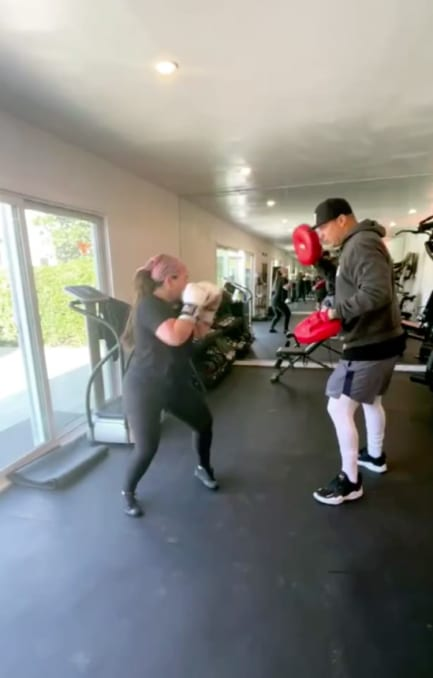 Chiquis Rivera gym (IG)