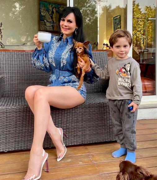 A la costarricense no le importó enseñar frente a su nieto (IG)