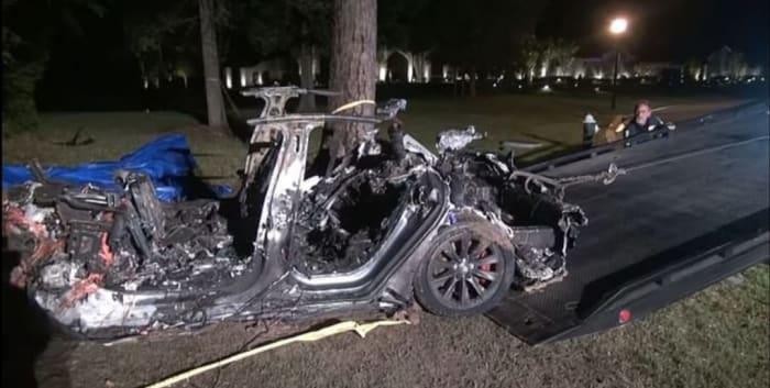 Tesla muertos conductor automático