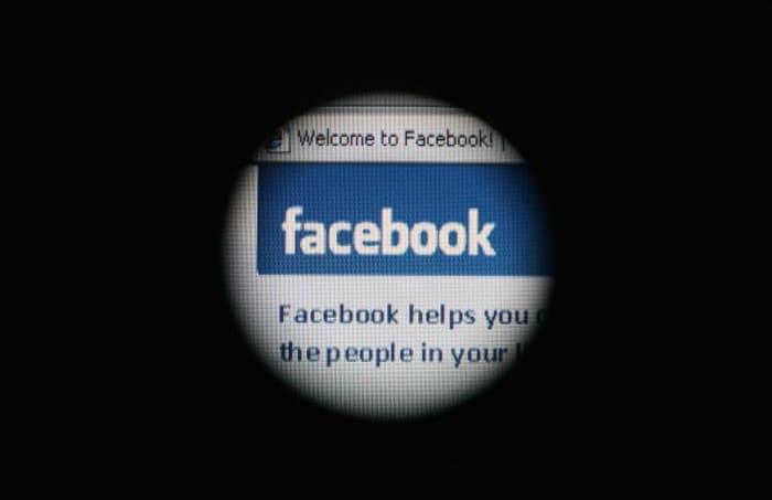 Trump suspendido de Facebook hasta 2023