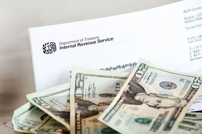 Cheques estímulo plus up