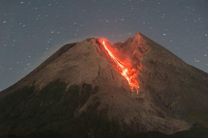 Explosión en volcán Popocatépetl