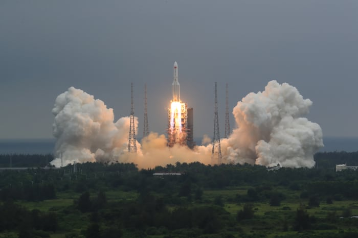 Cohete China caer Tierra