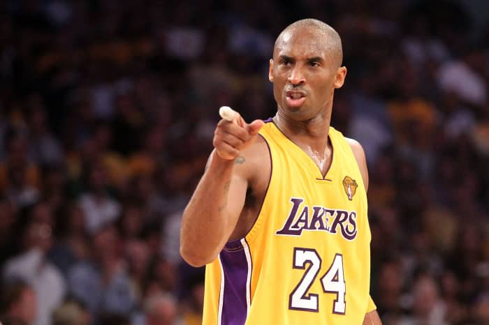Viuda de Kobe Bryant llega a un acuerdo con compañía de helicópteros