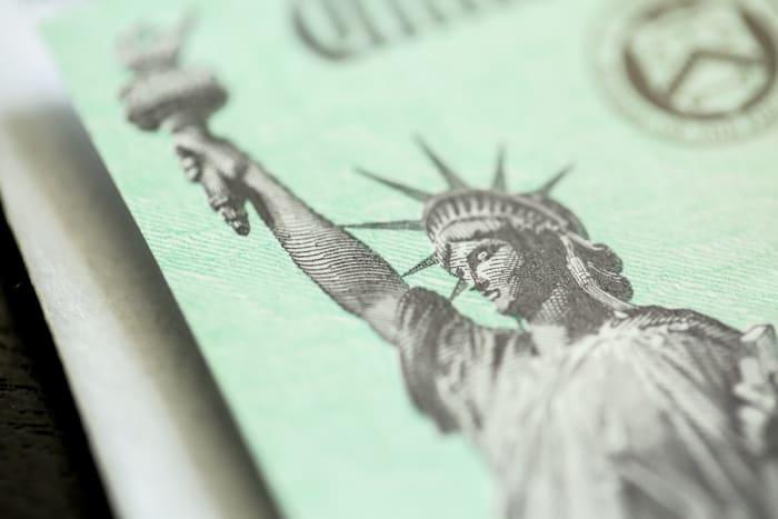 Cheque 600 California Gavin Newsom