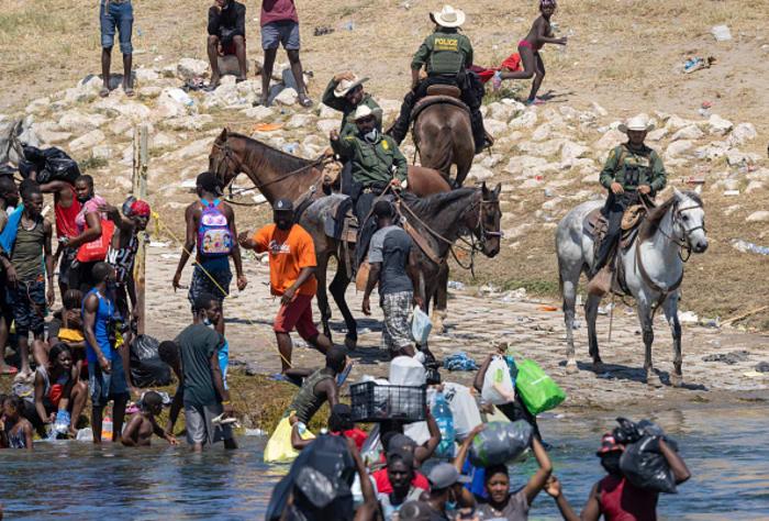 Patrulla fronteriza con haitianos