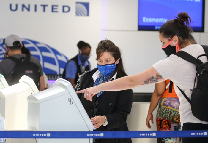 United Airlines will require vaccinations