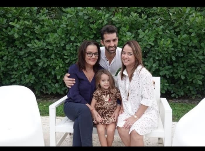 Madre Toni Costa estalla: Admiran a el español