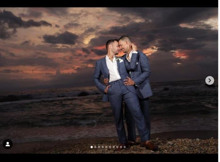 Luis Sandoval conparte fotos de su boda con novio