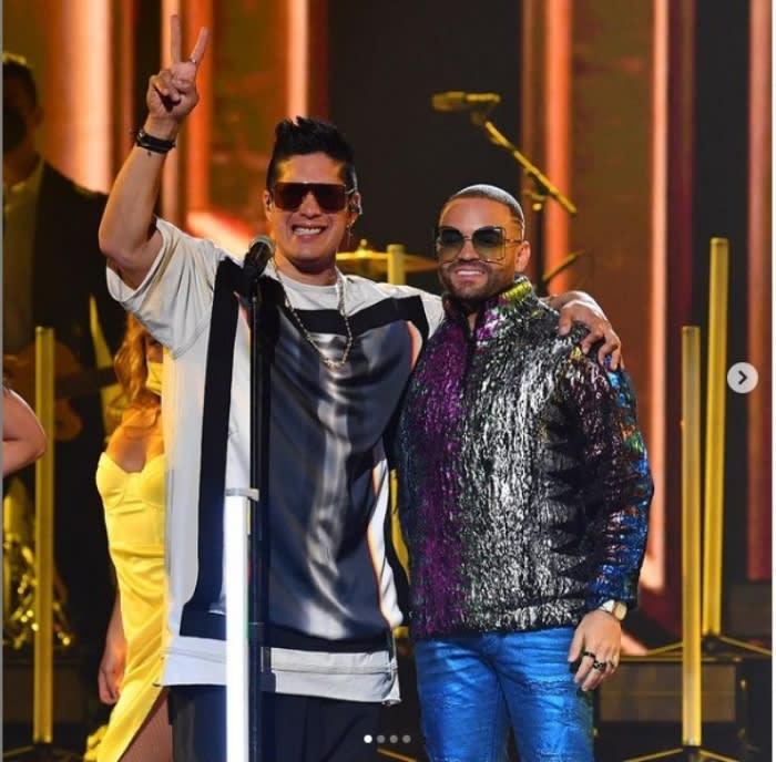 Chyno Miranda Premios Juventud: Chino y Nacho se reencuentran