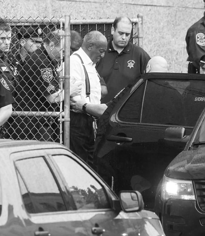 Bill Cosby anulan condena