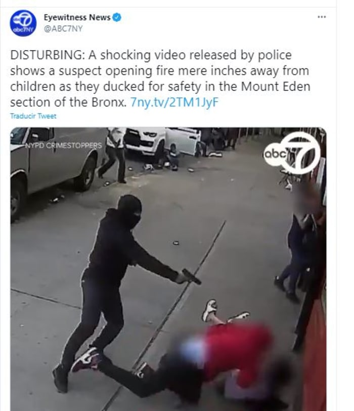 Sicario enmascarado disparó justo al lado de unos niños