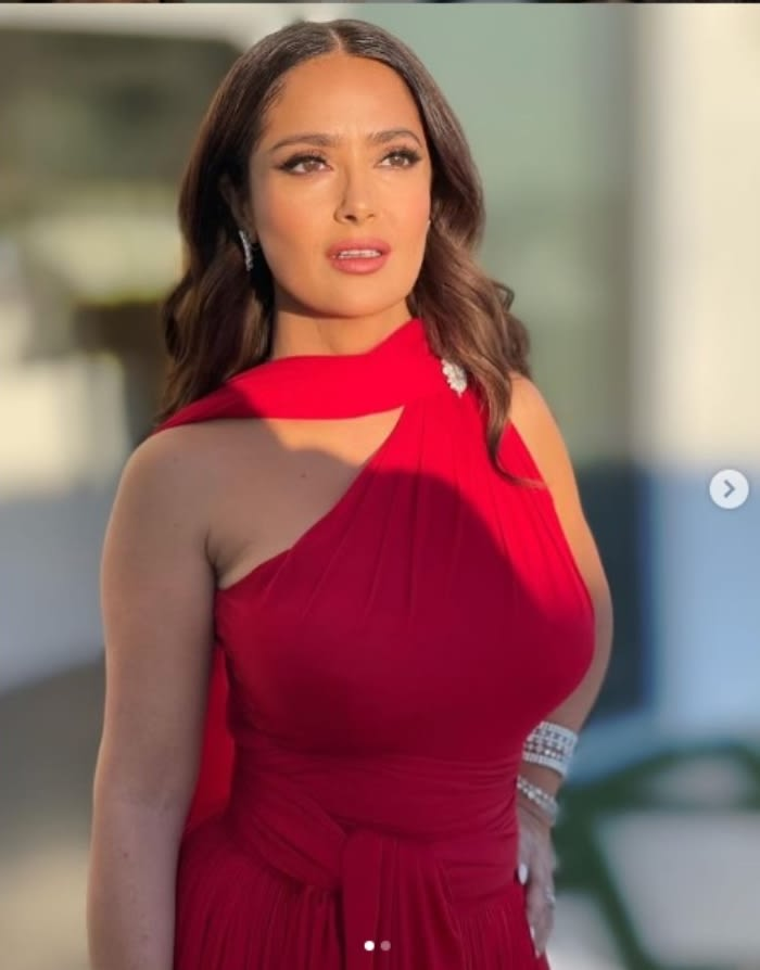 Salma Hayek reconocida actriz