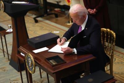 Biden Latin décrète les commandes