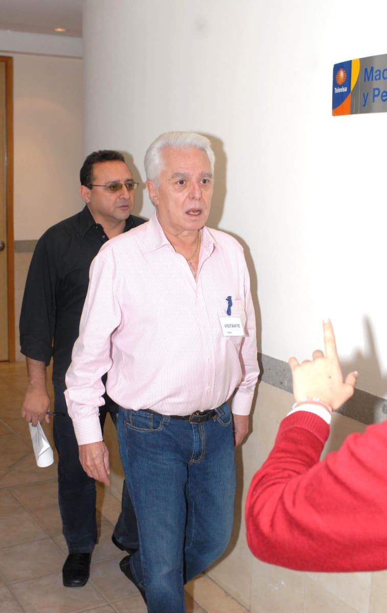 Enrique Guzmán dice que no entiende por qué Frida Sofía lo acusó y quiere ayudarla