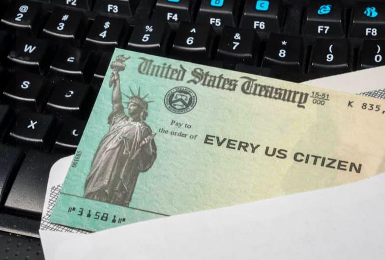 Estímulo personas EEUU (Shutterstock)
