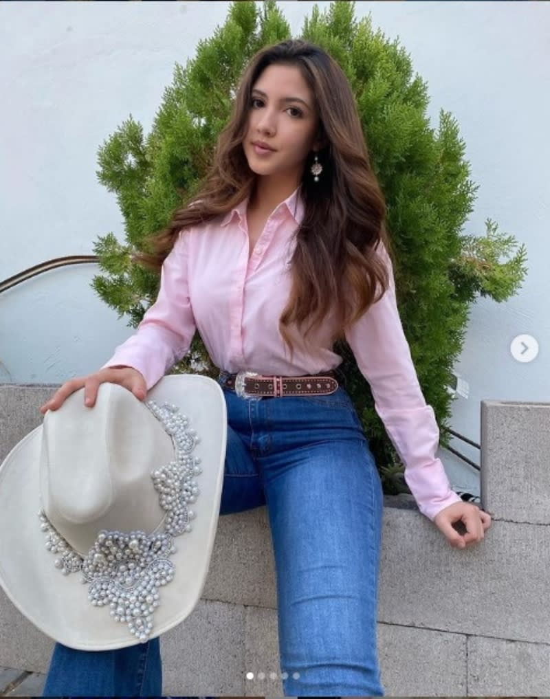 Pepe Aguilar signs singer Irany: Angela Aguilar's competition?