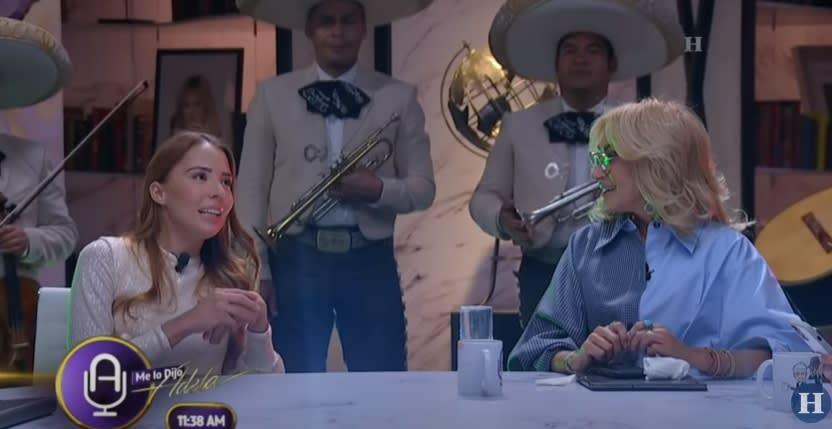 Majo Aguilar, ¿canta por obligación?